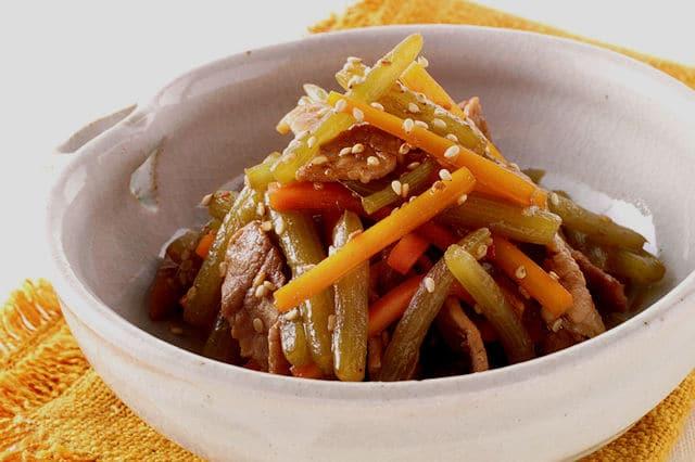 【ふきと豚肉のきんぴら】と基本の「ふきの炒り煮」の作り置き薬膳的効果